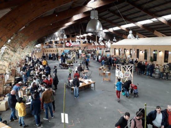 l'intérieur de la halle du salon des vins vivants 2018 à Nantes